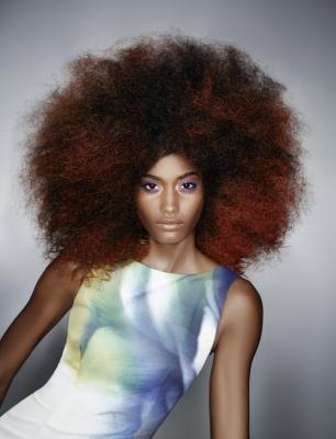 Włosy Półdługie Kategoria Fryzury Awangardowe Obraz Afro Z