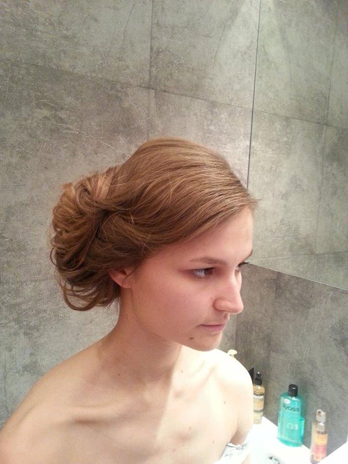 Włosy Półdługie Kategoria Fryzury ślubne Obraz Upięcia Włosów