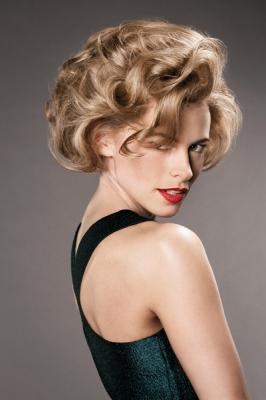 Warkocze Kategoria Koloryzacja Obraz Blond Włosy W
