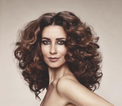 Warkocze Kategoria Włosy Długie Obraz Długie Kręcone