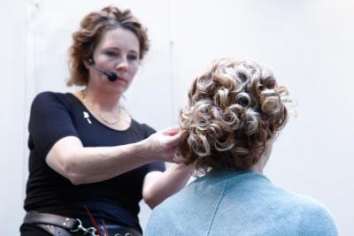 Warkocze Kategoria Eleganckie Upięcie Kręconych Włosów